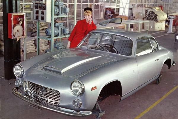 1962-64_Zagato_Lancia_Flaminia_Sport_3C_02