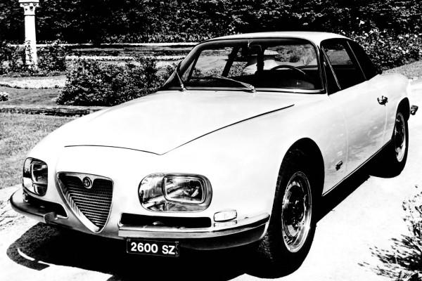 1965-1967_Alfa-Romeo_2600_SZ_Tipo_106_06